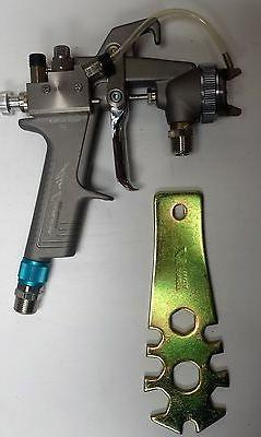 Air Gunsa HVLP 2 part System Adhesive Spray Gun ANEST IWATA